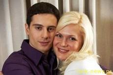 Антон Макарский не смог справиться с неуемной тягой жены к алкоголю