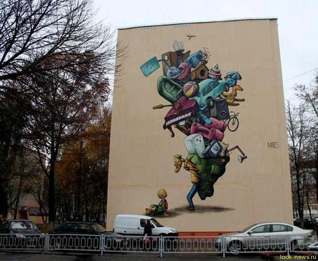 Картины на фасадах в Гомеле.