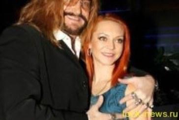 Инстаграм Никиты Джигурды заблокировали из-за эротических фотографий его жены