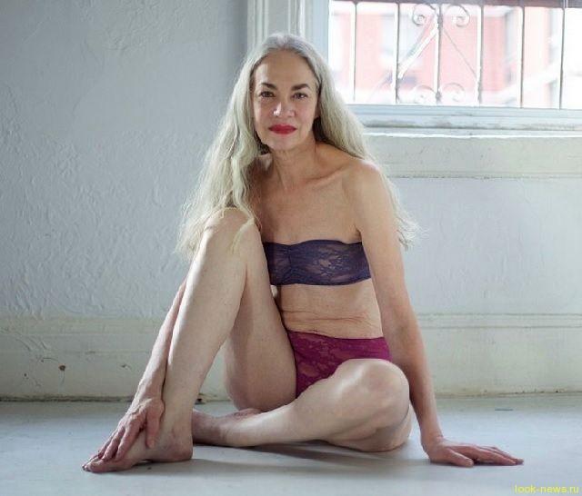 Джеки О'Шонесси - модель преклонного возраста.