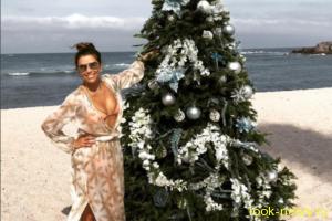 41-летняя Ева Лонгория показала роскошную фигуру на пляже