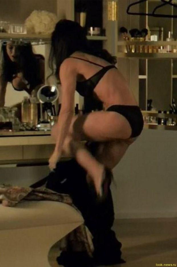 Ничуть не изменилась: 54-летняя Деми Мур в новом фильме разделась и показала сногсшибательное тело