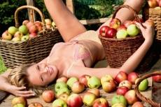 эротический календарь с крестьянками