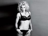 В 51 Мадонна снялась в нижнем белье и отказалась от фотошопа