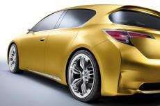 Гибридный Lexus экономичность мощность динамика комфорт