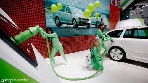 Skoda Octavia Combi тоже получила электрический привод