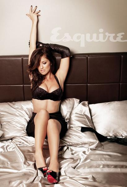 Самой сексуальной женщиной планеты по итогам 2010 года была названа американская актриса Минка Келли (Minka Kelly)