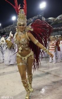 Женские прелести на карнавале в Рио-де-Жанейро