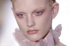 Модные брови — незаметные брови