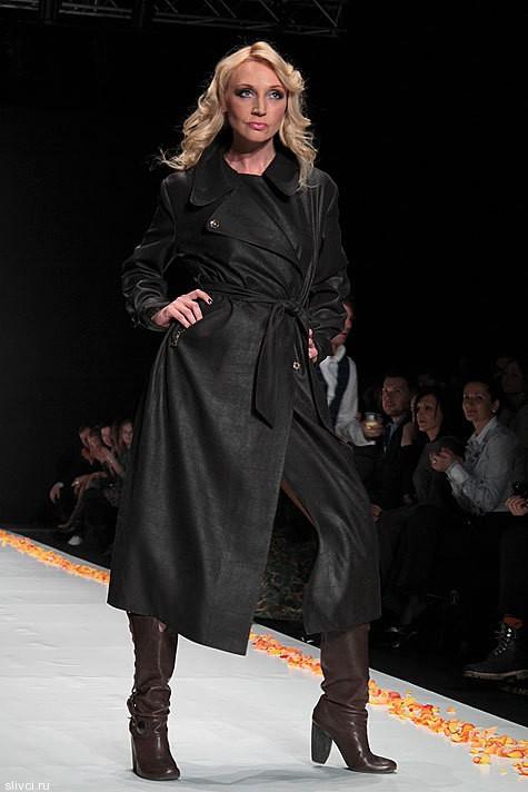 Кроме   профессиональных моделей на подиуме дефилировали и  звезды шоу-бизнеса - Кристина Орбакайте