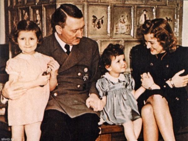 Ева Браун, любовница Гитлера, ждала любимого больше 10 лет