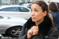 Виктория Дайнеко прикупила себе квартирку