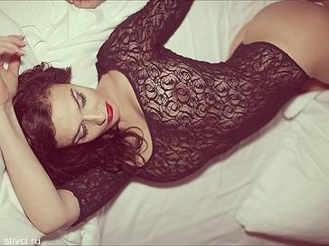 Водонаева разместила в интернете эротическую фотосессию
