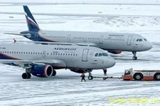 Москва прервала авиасообщение с Минском