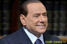 Сильвио Берлускони отказался признать себя отцом ребенка актрисы