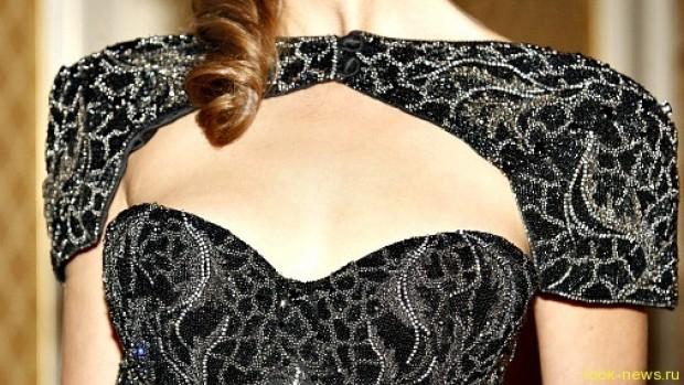 Самое дорогое в мире платье нелегко носить
