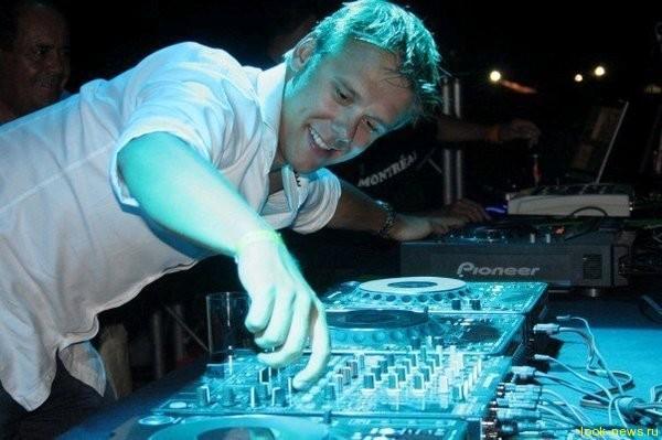 Армин ван Бюрен признан лучшим диджеем 2012 года