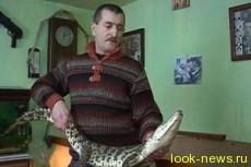Украинец вместо собаки взял в охранники 1,5-метрового крокодила