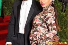Беременная Ким Кардашян шокировала своим нарядом