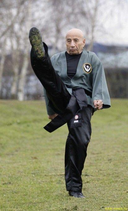 83-летний мастер кунг-фу