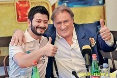 Депардье выпил с Галустяном и выучил песню «Иванушек»