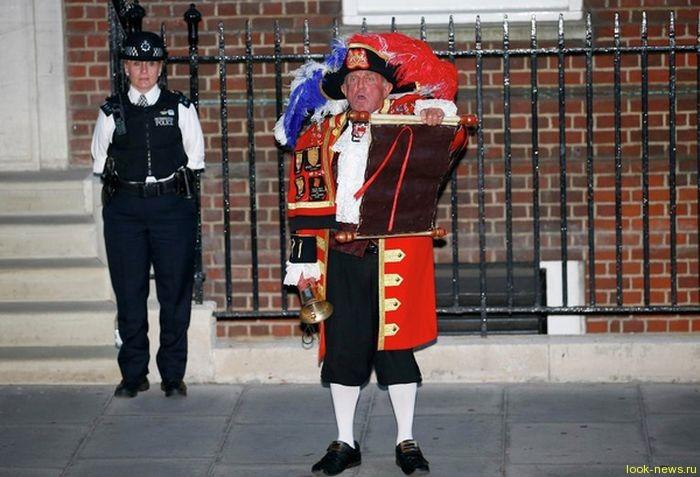 У герцогини Кембриджской Кэтрин и ее супруга принца Уильяма родился сын