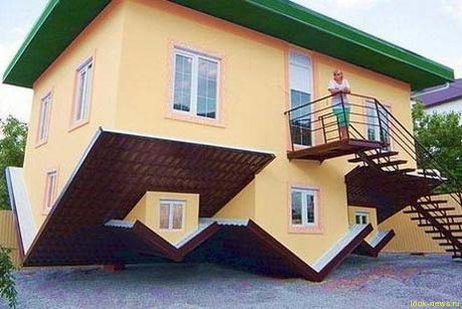 Под Геленджиком построили дом вверх ногами