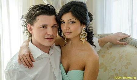 Солист группы «Корни» Алексей Кабанов женился