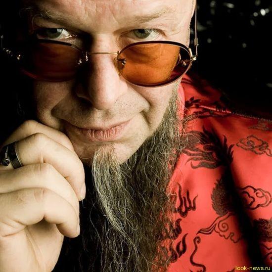 Российскому рок-гуру Борису Гребенщикову — 60!