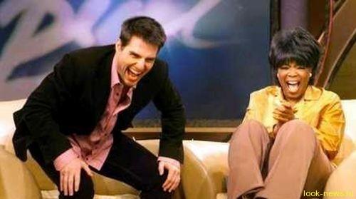 Уинфри владеет собственной киностудией, журналом O, The Oprah Magazine, коммерчески успешным ресурсом Oprah.com, радиосетью, и наконец именным кабельным телеканалом