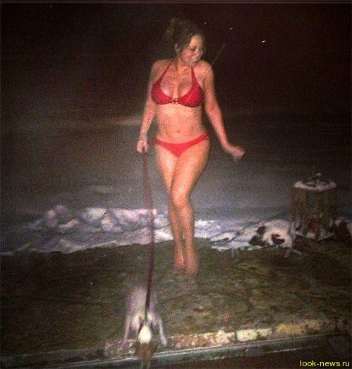 Мэрайя Кэри стала моржом и прогулялась по сугробам в одном бикини