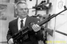 Умер Михаил Калашников - изобретатель автомата АК-47