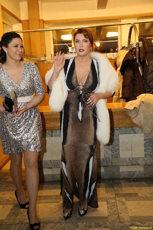 Вера Сотникова пришла на премию «Золотой орел» в платье из коровы
