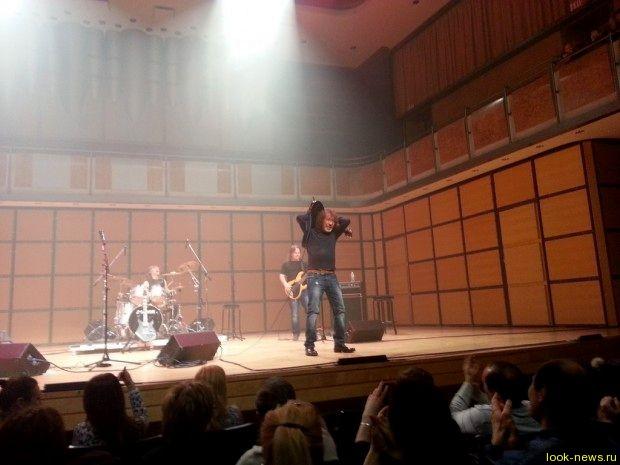Владимир Кузьмин сорвал свой концерт