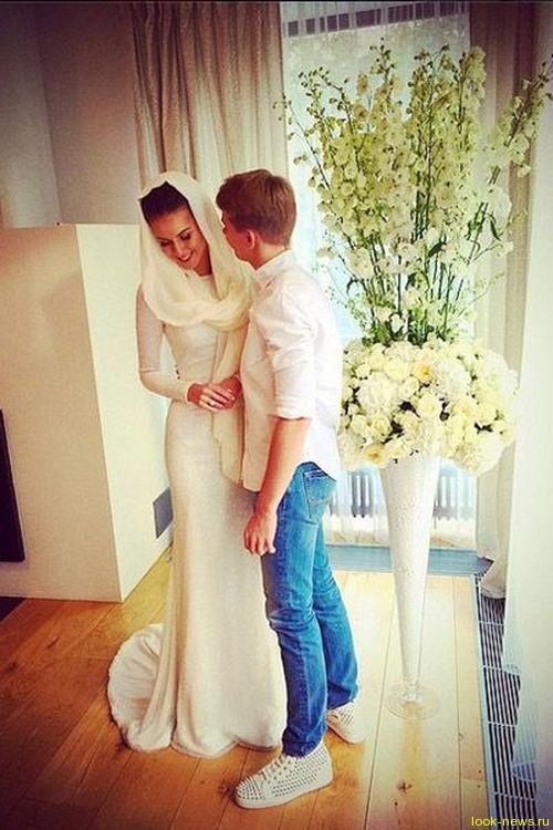 Сын Кристины Орбакайте поздравил сестру с днем свадьбы