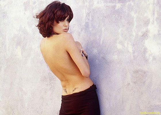 В фотобанках появились откровенные снимки юной Анджелины Джоли