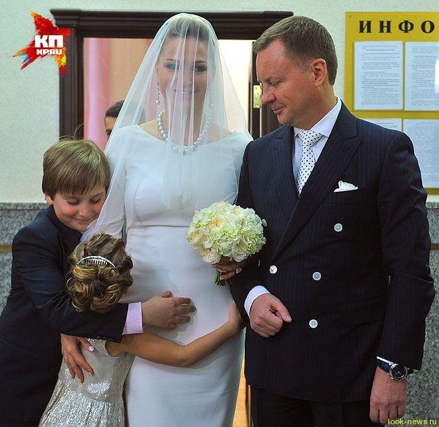 Мария Максакова вышла замуж за депутата Дениса Вороненкова