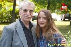 Иван Краско с молодой женой сыграют влюбленную пару