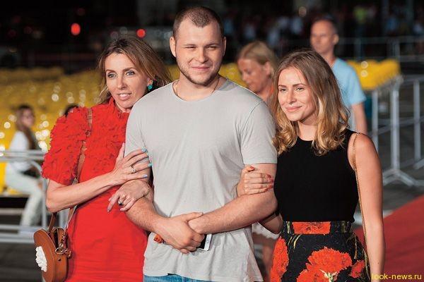 Из-за сына Федора Бондарчука девушки устроили драку