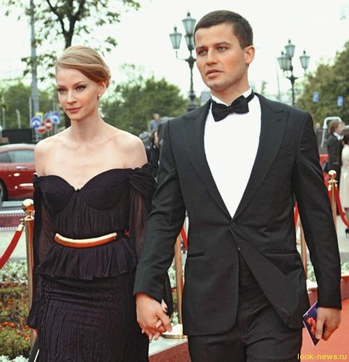 Светлана Ходченкова бросила жениха перед свадьбой