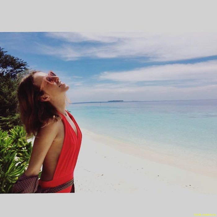 Глюк'oZa снялась топлесс на Мальдивах