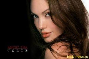 Анджелина Джоли наконец-то начала набирать вес