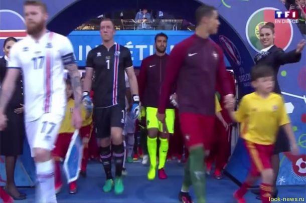 Любовь с первого взгляда: Криштиану Роналду нашел новую пассию на трибунах Евро 2016