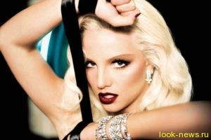 Бритни Спирс представила публике очень откровенный клип