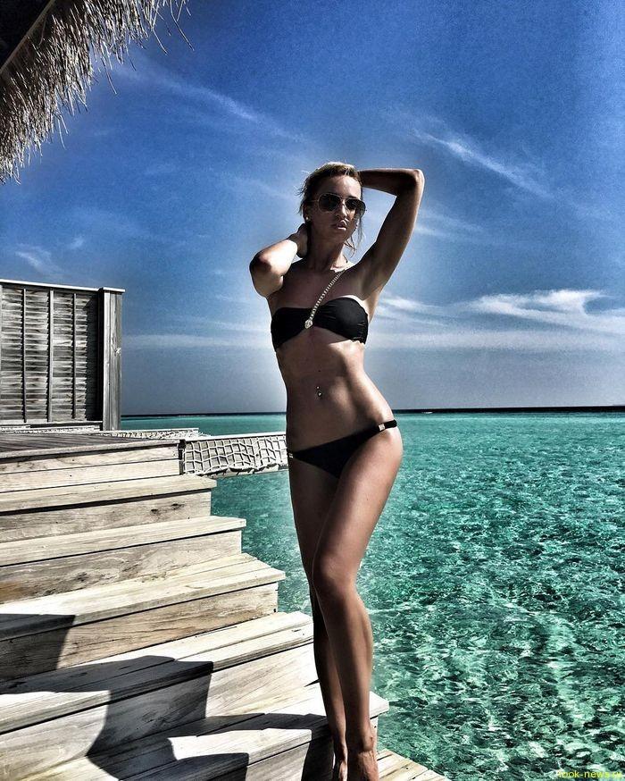 Ольга Бузова ответила недоброжелателям фотографиями в бикини