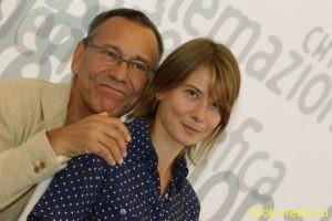 Высоцкая и Кончаловский продают дом в Англии