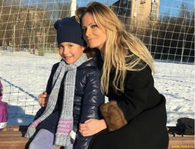 Дана Борисова боится лишиться родительских прав из-за сплетен и алкоголизма
