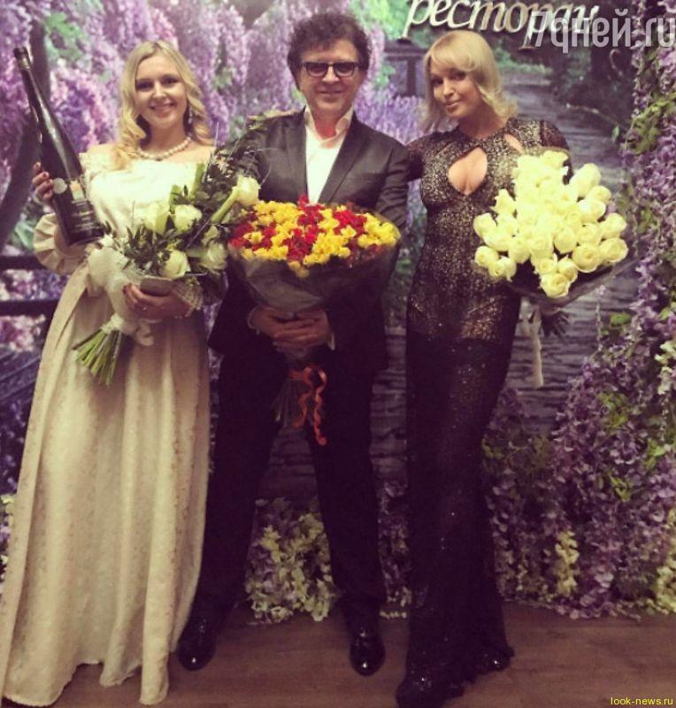 Анастасия Волочкова оскандалилась из-за прозрачного платья