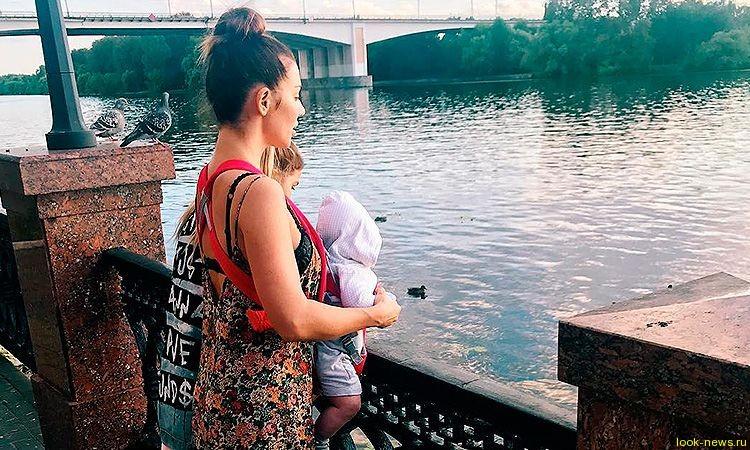Анна Седокова бросила сына миллиардера