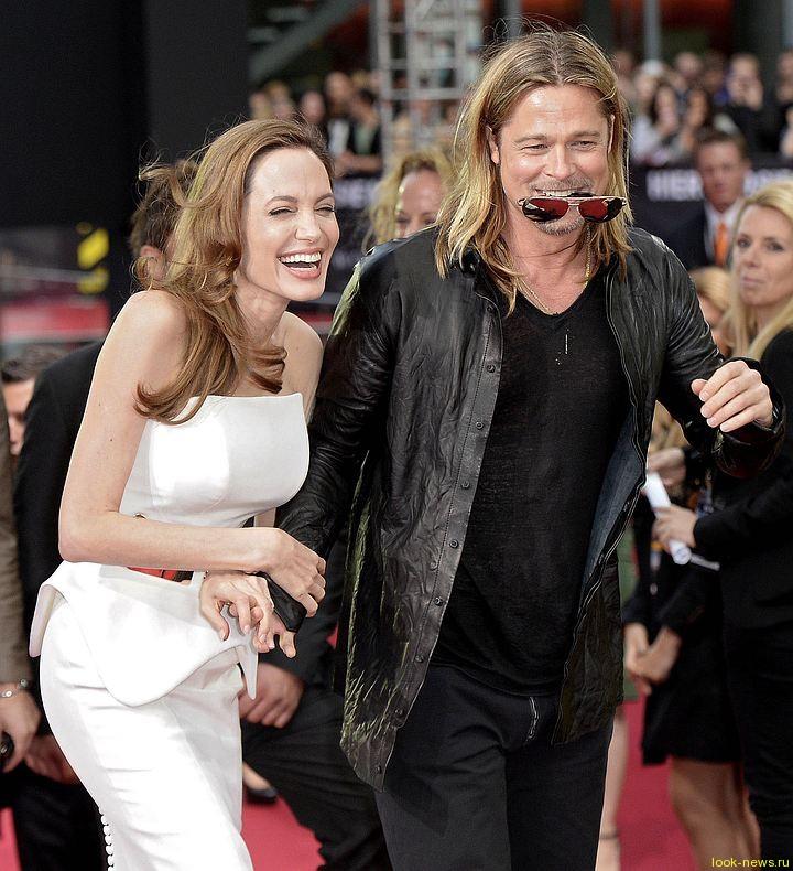 Анджелина Джоли и Брэд Питт решили воссоединиться, но жить без штампа в паспорте